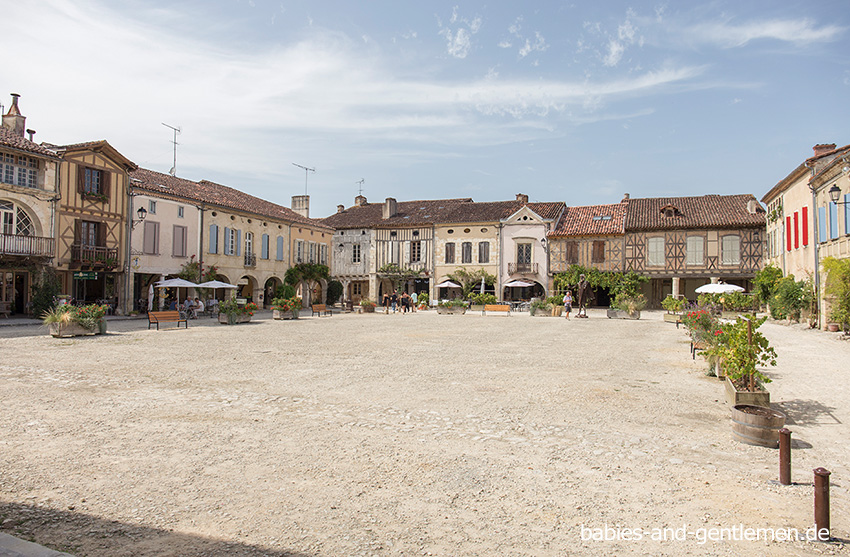 Place Royal in Labastide-d'Armagnac
