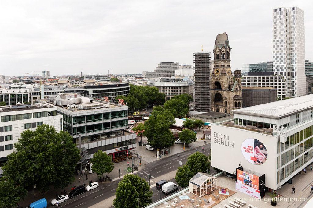 Ausblick auf den Breitscheidplatz, Gedächtniskirche und BIKINI BERLIN.
